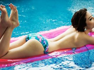 Ảnh những sao Việt mặc bikini đẹp và gợi cảm