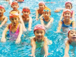 Kinh nghiệm chọn mua kính bơi tôt thoải mái vận động bơi lội
