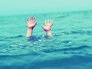 Kỹ năng cứu người bị đuối nước bạn cần biết