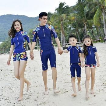Bộ bơi gia đình xanh tay lỡ  1811